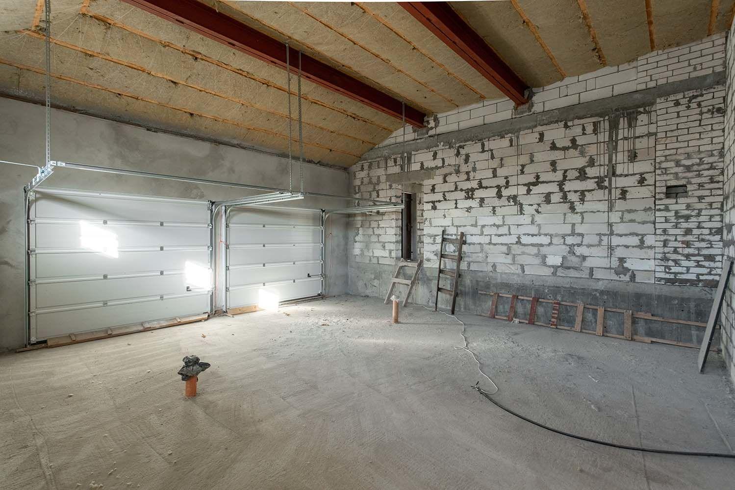 Isolation d'un plafond dans un garage